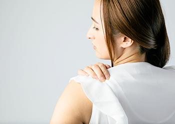 体の不調を引き起こす顎関節症
